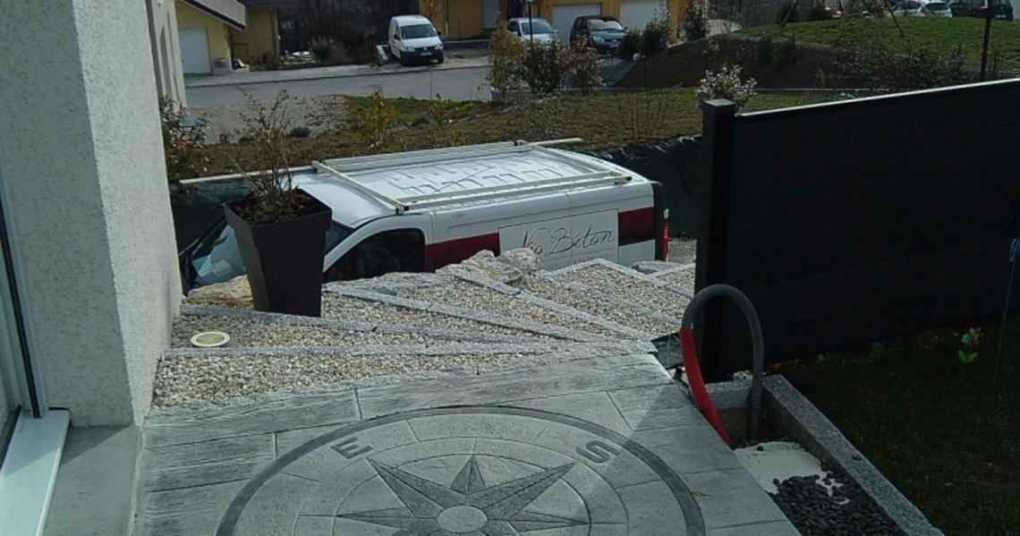 bordure terrasse beton best awesome bordures with bordure. Black Bedroom Furniture Sets. Home Design Ideas